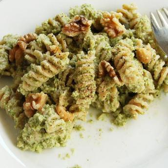 Paste cu pesto din broccoli